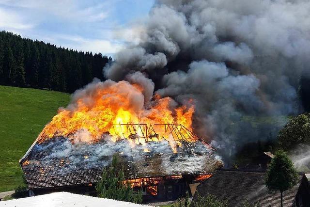 300 Jahre alter Bauernhof im Kinzigtal brennt nieder