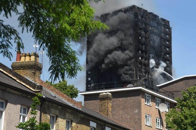 Großbrand in London: 17 Menschen sterben bei Hochhaus-Inferno