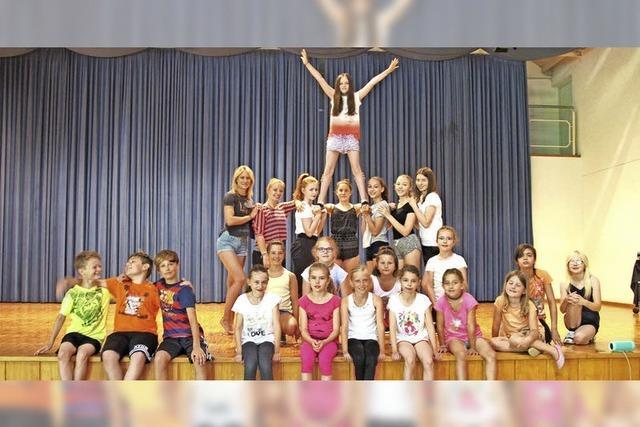 Law Breakers haben fetzige Danceshow einstudiert