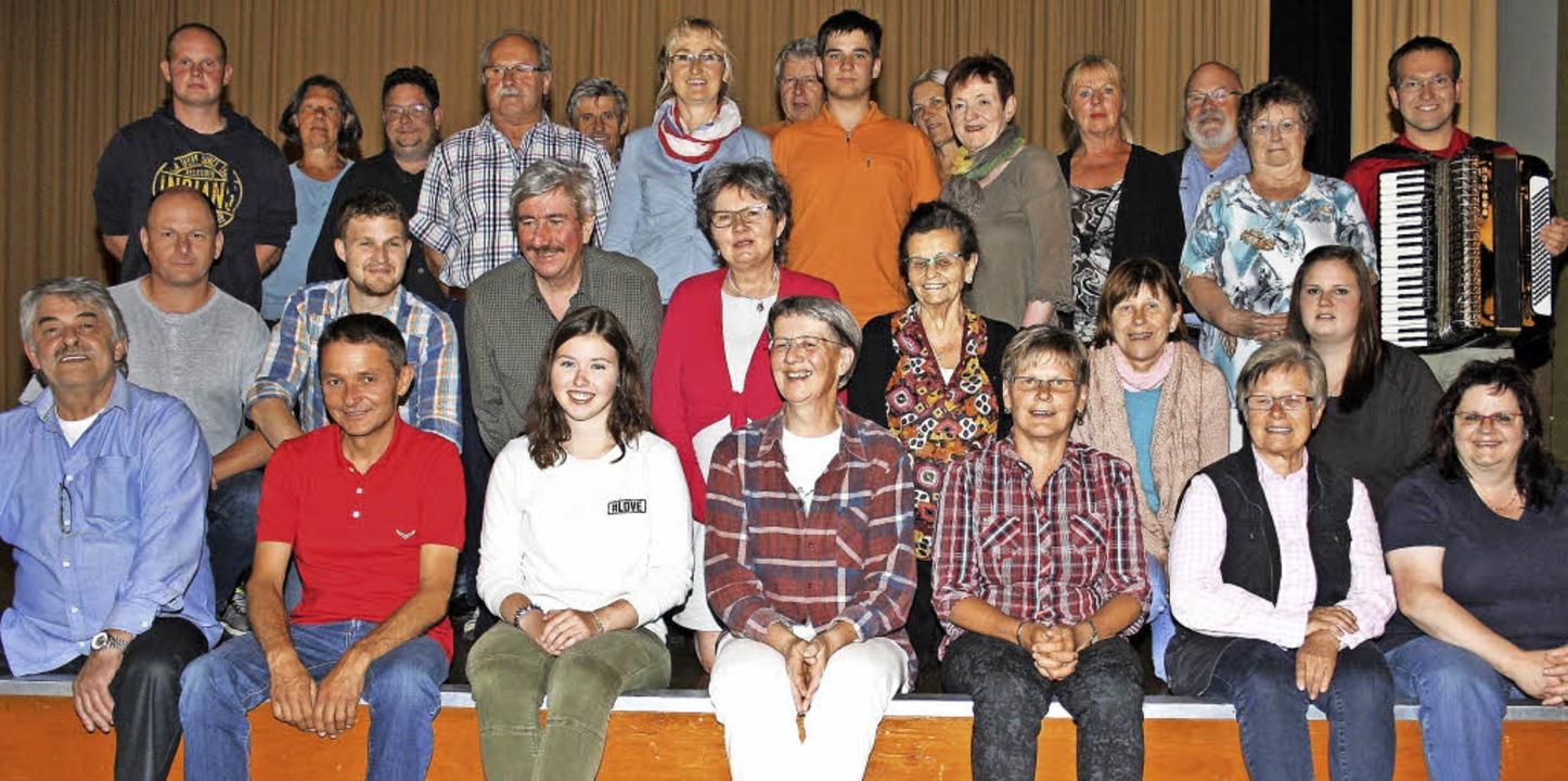 Die Laienschauspieler für das Theaters... 27. Juni einmal wöchentlich geprobt.   | Foto: Andreas Böhm