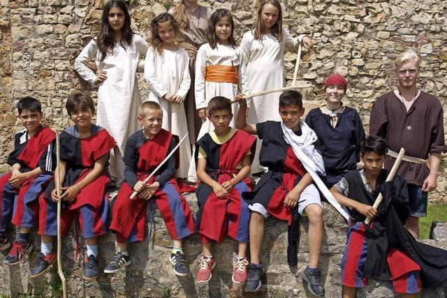Ritter und Burgfräuleins erleben das Mittelalter