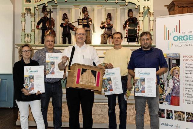 O la la: Waldkirch wird von Orgelklängen erfüllt
