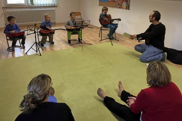 Musik von Schülern der Jugendmusikschule und Tag der offenen Tür in Neustadt