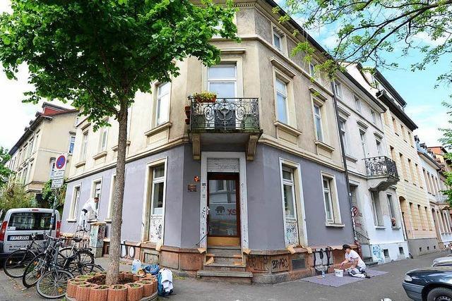 Empörung bei Bewohnern wegen Nachtdemo von 800 Menschen in Freiburg