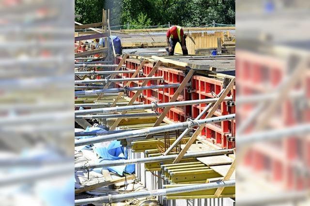 150 Betonlaster für die neue Brücke