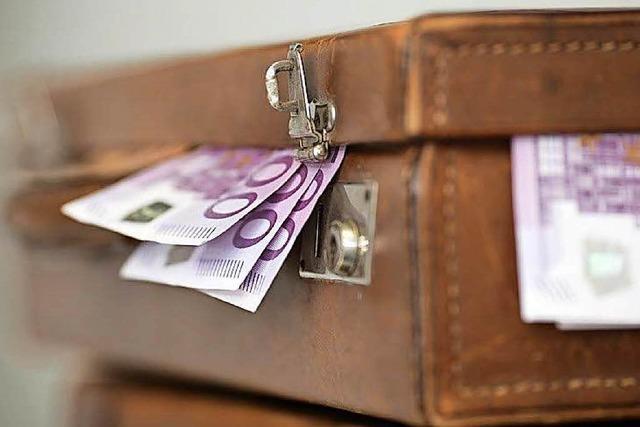 Freiburger Polizist soll 20.000 Euro Bestechungsgeld kassiert haben