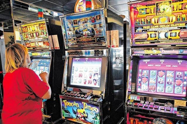 Glücksspielgesetz wird verschärft – doch viele Spielhallen dürfen vorerst bleiben