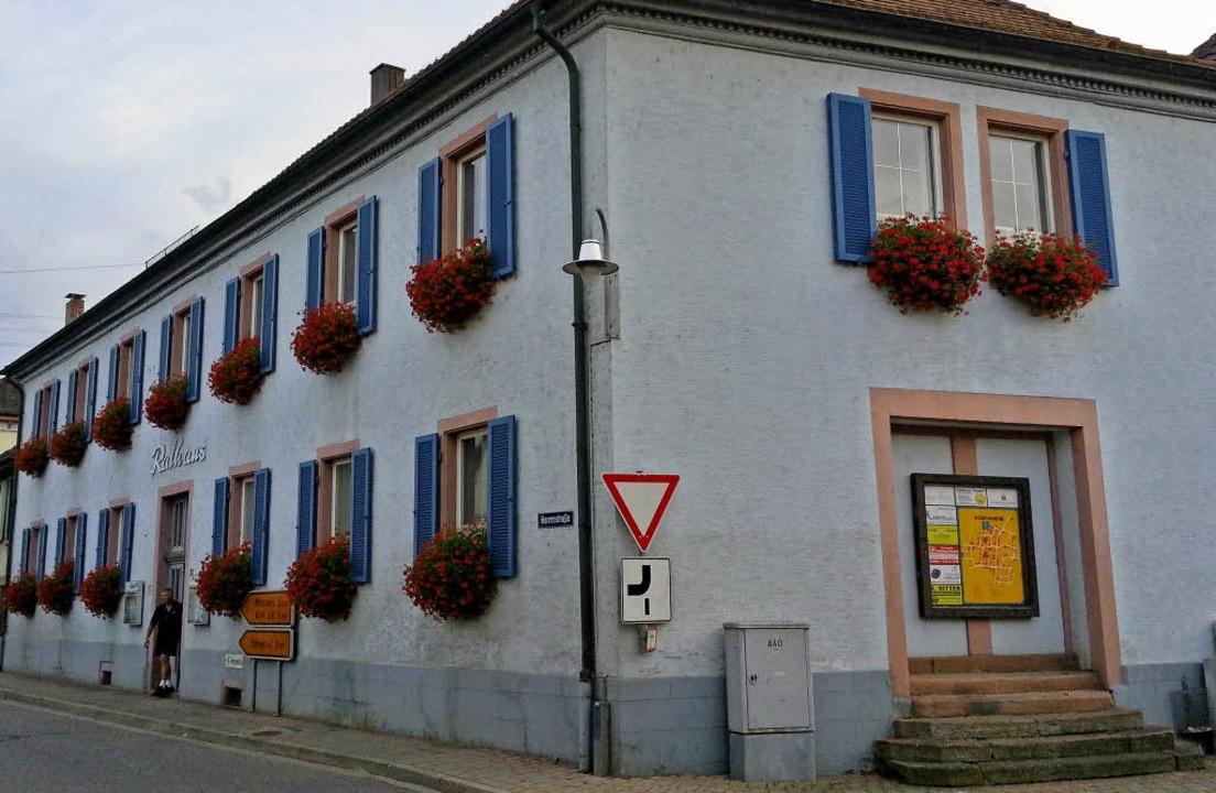 Das bisherige Forchheimer Rathaus und ...e eine klare Mehrheit für den Abriss.   | Foto: Archivfoto: Martin Wendel