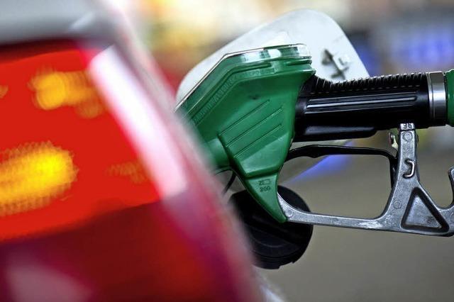 Der Ölpreis fällt wieder