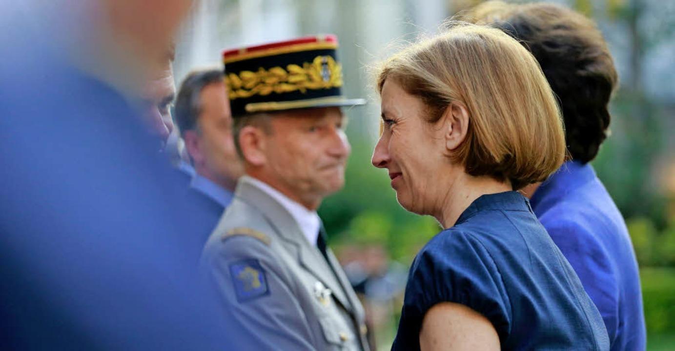 Die neue französische Verteidigungsmin...rly bei der Amtsübernahme am Mittwoch   | Foto: AFP