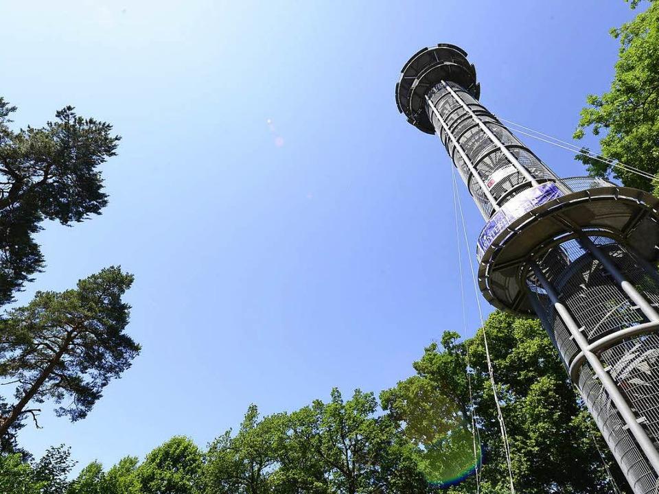 Ende Juli soll der Turm wieder begehrbar sein.  | Foto: Ingo Schneider