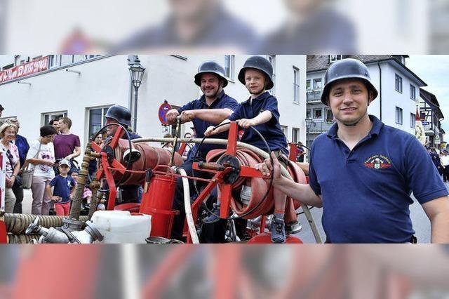 Heiße Feier bei der Feuerwehr