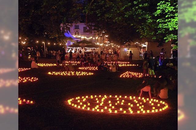 Tausende von Lichtern und zum Schluss ein Feuerwerk