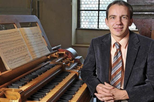 Pavel Kohout an der Metzler-Orgel