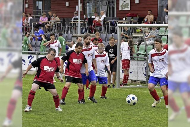Begeisterung für Fußball eint alle