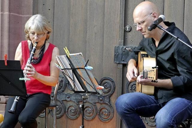 Zauberhafte Musik mit Klarinette, Gitarre und Gesang