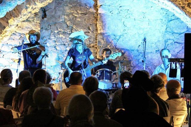 Rockabilly-Show unterm Gewölbe