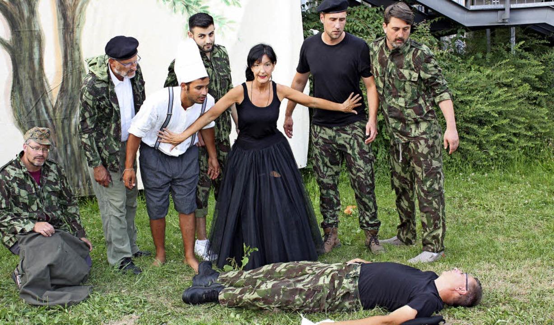 "Szene aus ""Cyrano de Bergerac""   | Foto: Gabriele Fässler"