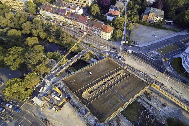 In der Nacht zum Mittwoch soll die Kronenbrücke betoniert werden