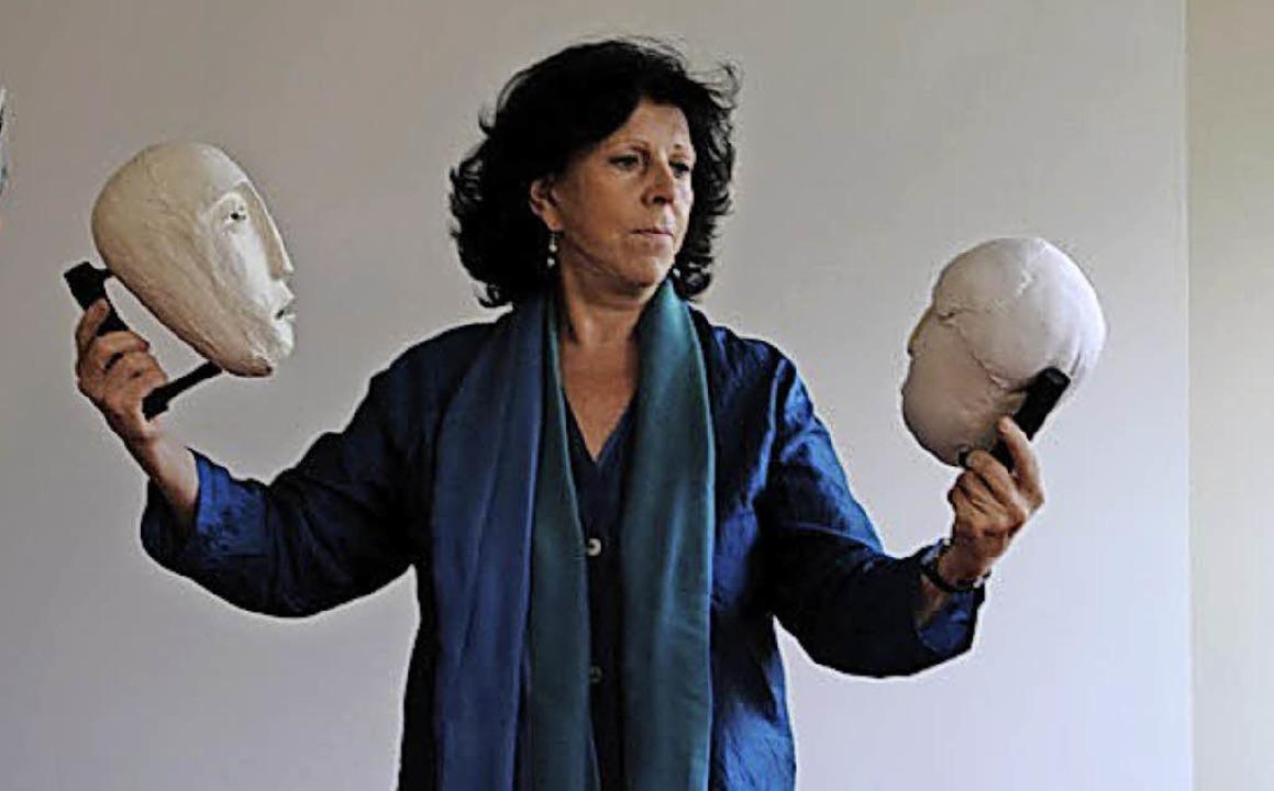 Monika Müller referiert anlässlich des...uer und die Theorie der Verarbeitung.   | Foto: Privat