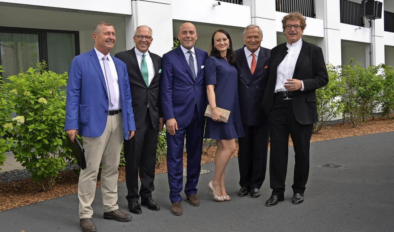 Feierten die Eröffnung: Thomas Schwind...Fischer, Gert Prantner und Peter Külby  | Foto: Sarah Beha