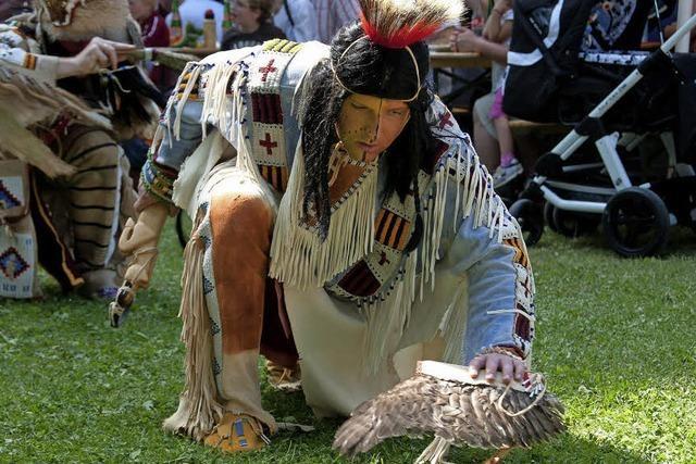 Der Verein der Mescalero-Apachen hat Tag der Offenen Tür