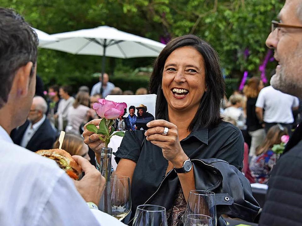 Die Wein-Fass-Bar erfreut sich nach wie vor großer Begeisterung.  | Foto: Michael Bamberger
