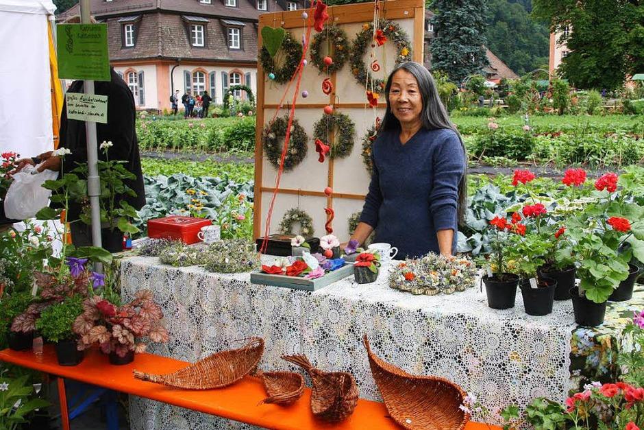 Alles rund ums Thema Kräuter, Garten und Heilpflanzen wurde beim 4. Badischen Kräutertag in großer Vielfalt angeboten. (Foto: Hans Jürgen Kugler)