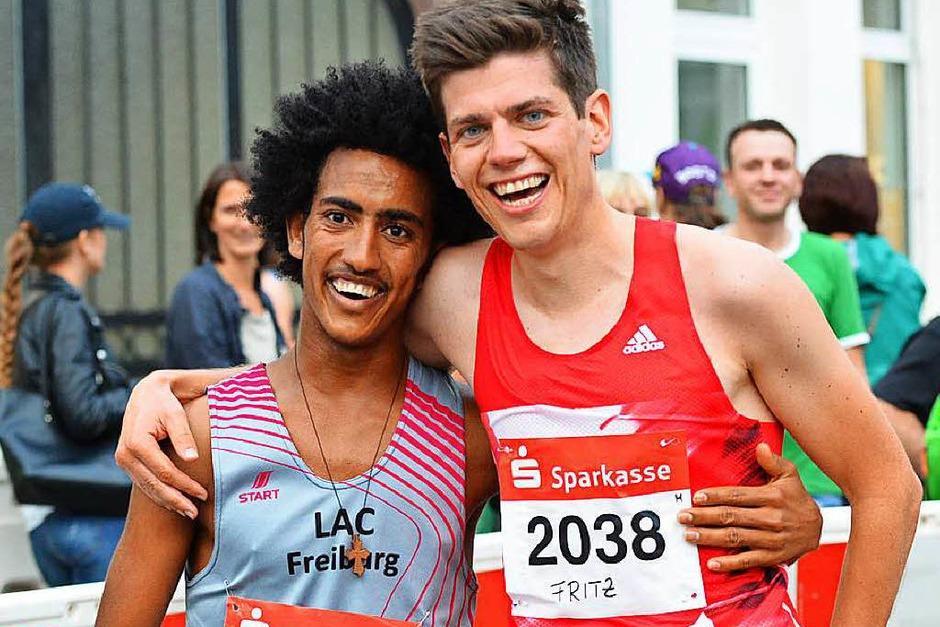 Eindrücke vom 9. Stadtlauf in Emmendingen. Den Hauptlauf über zehn Kilometer gewannen Fritz Koch aus Freiburg und Anja Röttinger aus Sexau (LAC Freiburg). (Foto: Karl-Hermann Murst)
