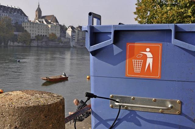 Recycling am Rheinufer