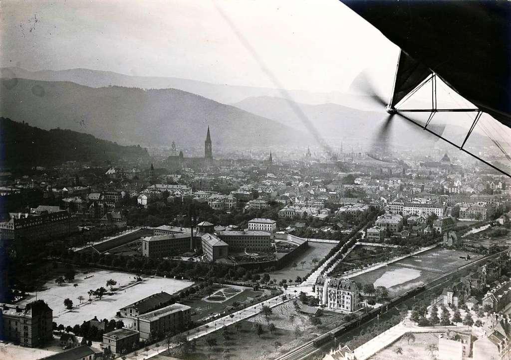 luftbild aus einem zeppelin freiburg von oben im jahr 1912 freiburg badische zeitung. Black Bedroom Furniture Sets. Home Design Ideas