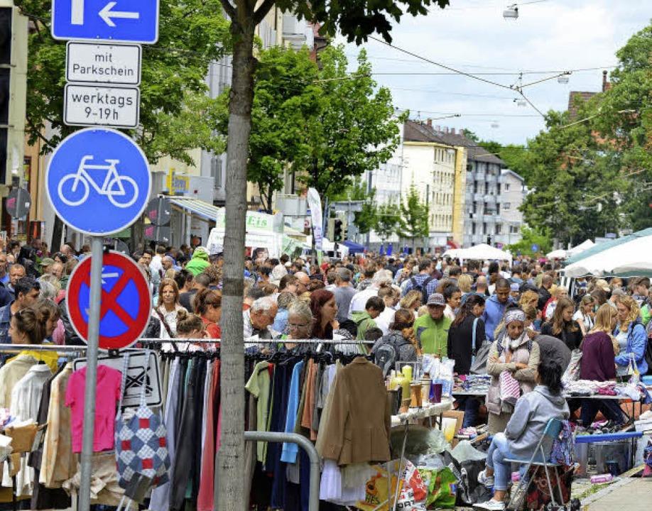 Auf der Habsburgerstraße gab's b...n gesamten Verlauf gesperrten Straße.   | Foto: Rita Eggstein