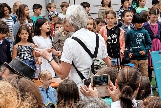 Hebel- und Musikschule in Lörrach feiern gemeinsam