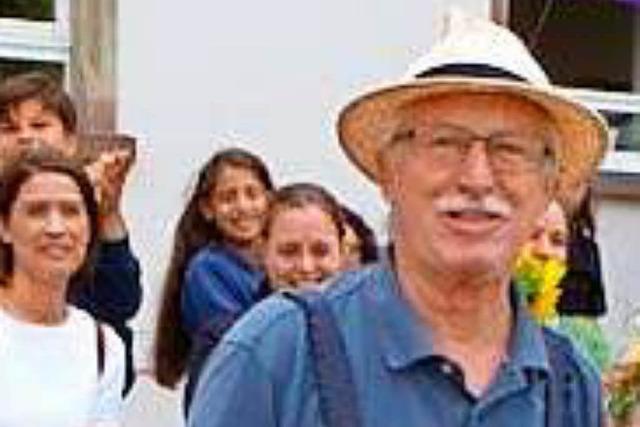 Lörracher Hebelschule dankt Hausmeister Klaus Franz