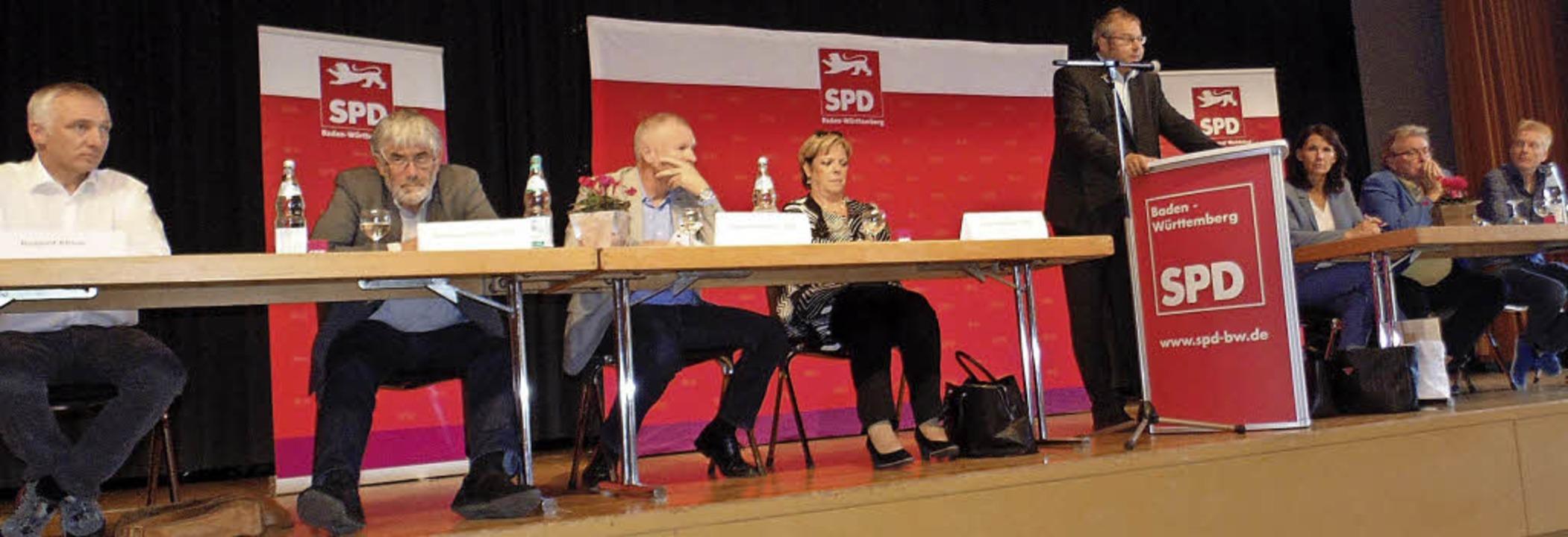 Auf dem Podium (von links):  Roland Kl... Volker Jungmann und Peter Schallmayer  | Foto: Michael Gottstein