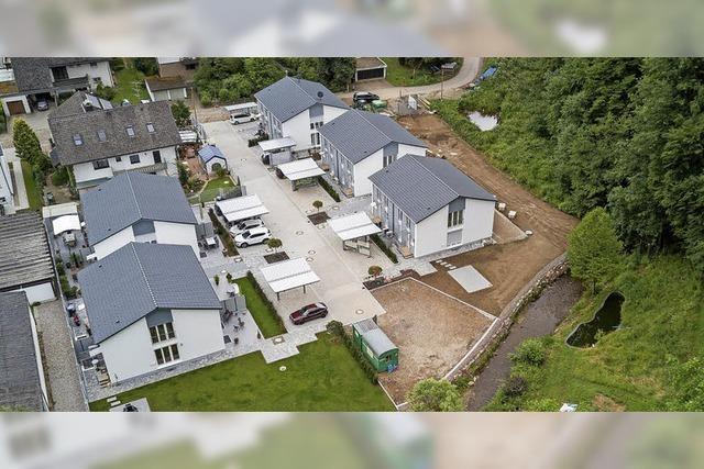 Fünf Häuser in Unteribental sind fertig