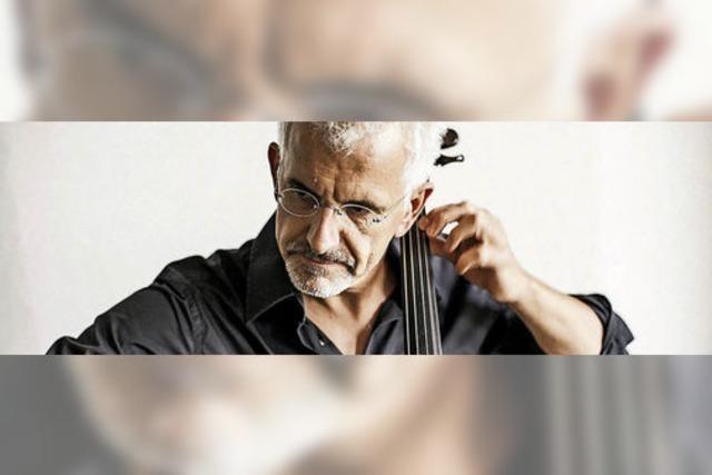 Der Freiburger Cellist Juris Teichmanis spielt Solosuiten von Bach in Münstertal
