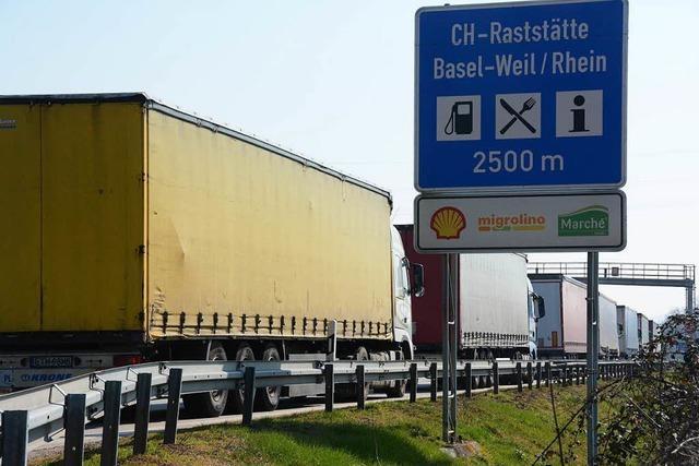 Weil am Rhein: Grenzwächter ziehen Brummifahrer mit 3 Promille aus dem Verkehr