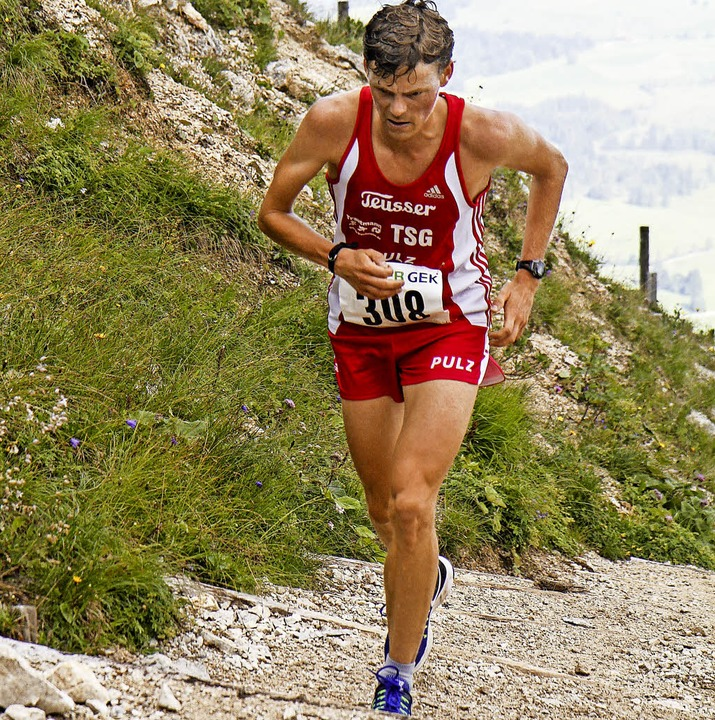 Klettermaxe: Benedikt Hoffmann ist ein Langstreckenspezialist, auch am Berg.   | Foto: stinn
