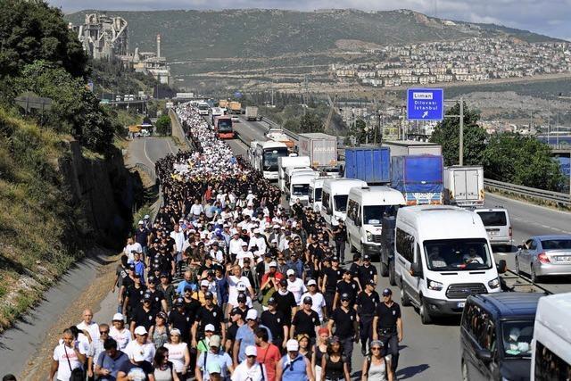 """30000 Türken haben sich dem """"Marsch für Gerechtigkeit"""" angeschlossen"""