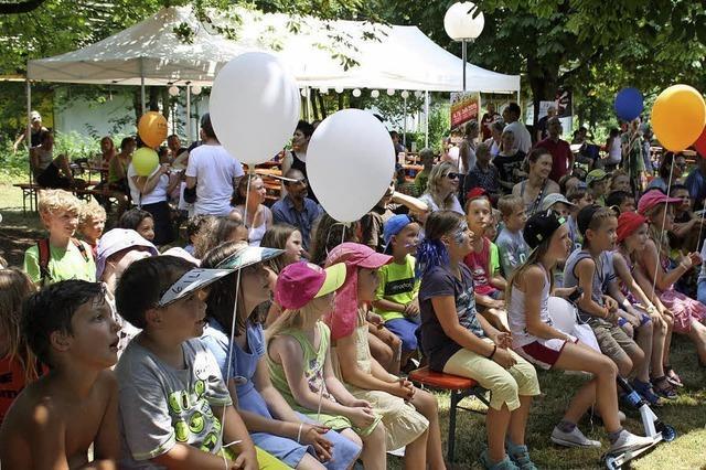 DJK Handballer und Stadtverwaltung Bad Säckingen im Badmattenpark