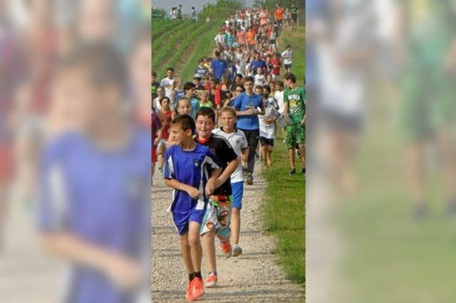 Schüler laufen für guten Zweck