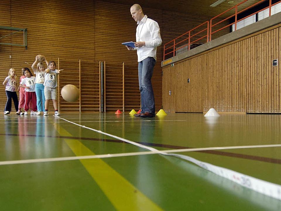 Die Bundesjugendspiele der Schulen sind im Wandel.  | Foto: dpa