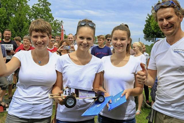 Mädchenteam gewinnt erneut Solar Challenge