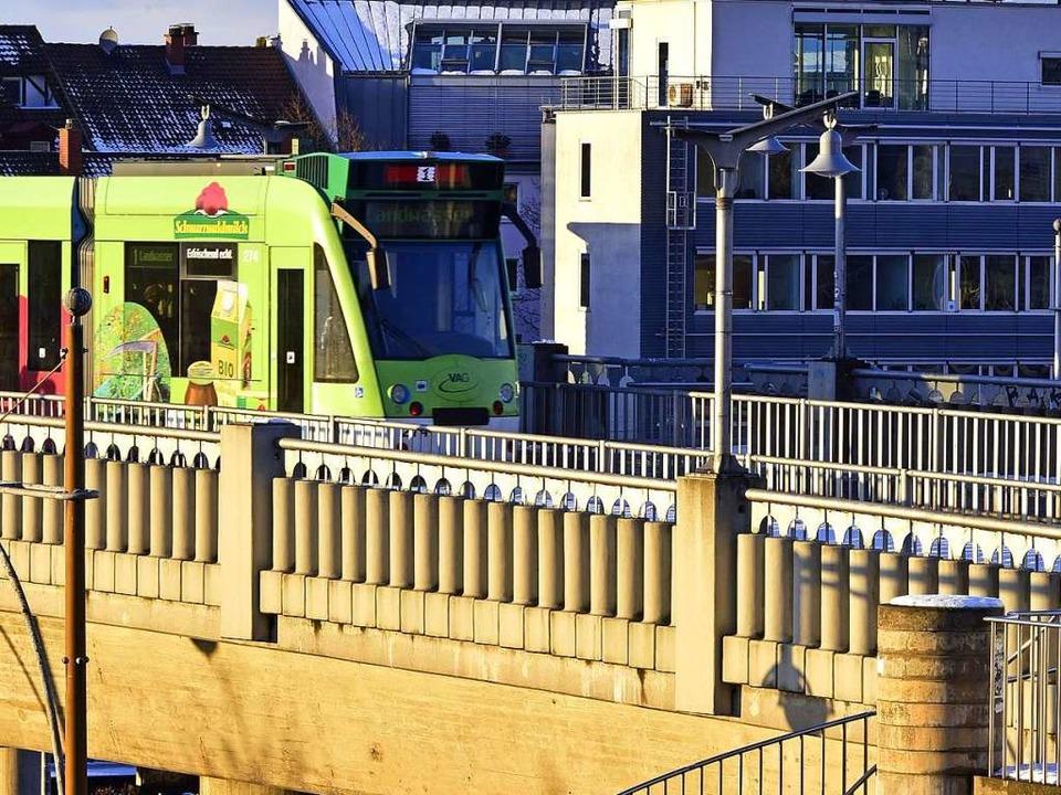 Nach dem Angriff auf der Stadtbahnbrüc... Ermittlungen übernommen (Archivbild).    Foto: Thomas Kunz