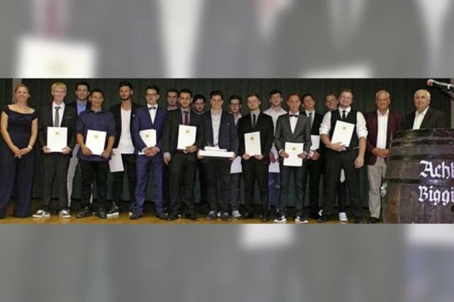 Jonas Höfflin erhält den Ferry-Porsche Preis
