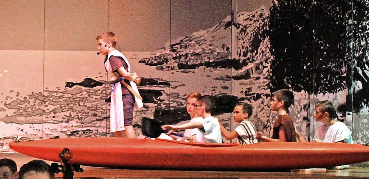 Nur gefesselt widersteht Odysseus den Reizen der Sirenen.   | Foto: E. Krieger