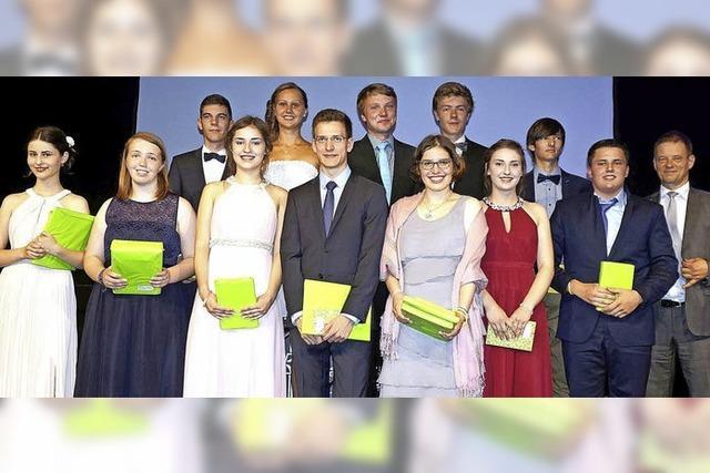 Klettgau-Gymnasium verabschiedet 111 Schüler