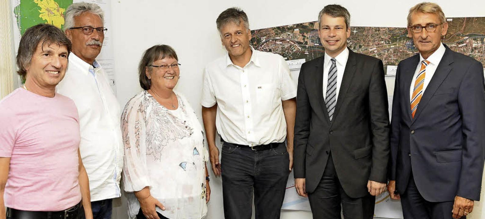 Verkehrsgespräch in Steinen: Gemeinder...ten Steffen Bilger und Armin Schuster.  | Foto: Meyer/Robert Bergmann