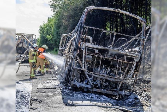 Busunglück in Bayern: Beifahrer rettete viele Leben
